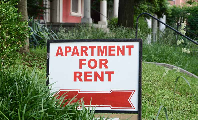 rent(有料で貸す/借りる)の意味と使い方