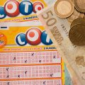 lottery, raffle, drawなど「くじ引き」の英語
