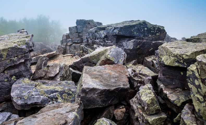 rock(名詞:岩)での使い方