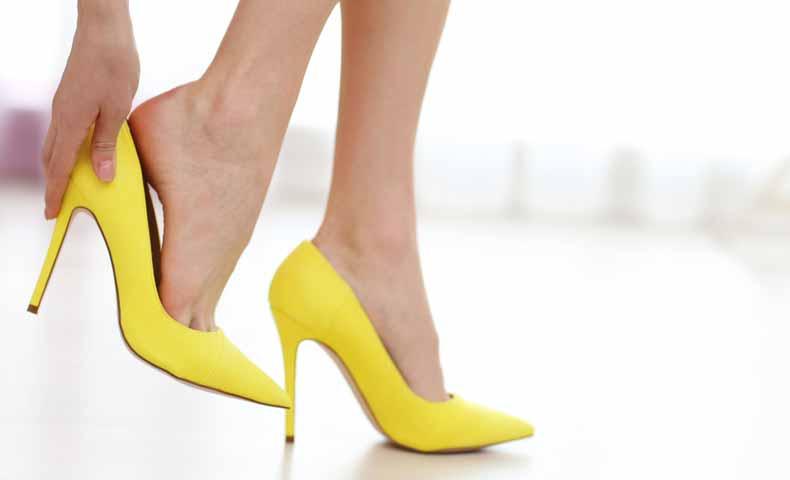 靴を履く、靴を脱ぐ、靴が脱げる