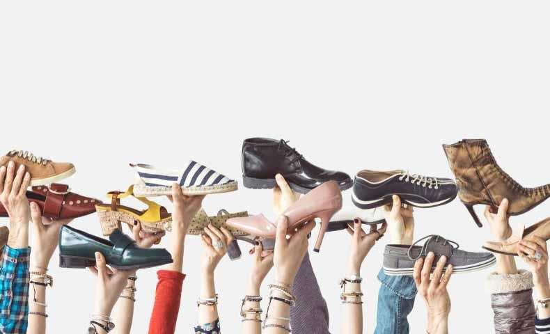 ブーツ、スニーカー、ソックス、ストッキングなどにも当てはまる