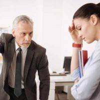 dismiss / dismissalの意味と使い方