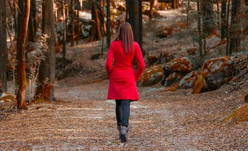 walk offとwalk awayの意味と使い方