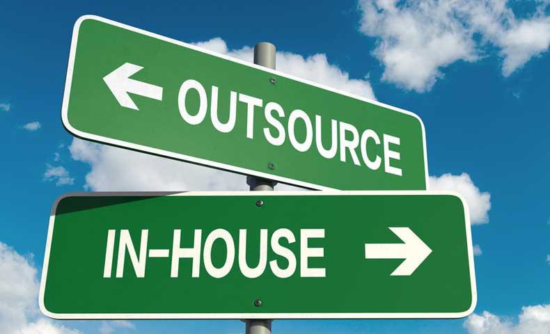outsource(アウトソース)