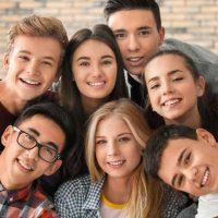 teenage(ティーンエイジ)とteenager(ティーンエイジャー)の意味と使い方