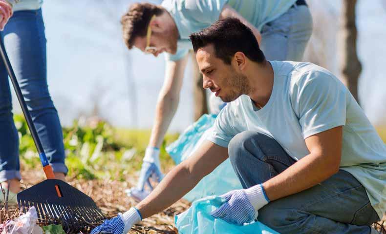 強制のボランティア