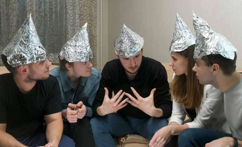 conspiracy theory(陰謀論)の意味