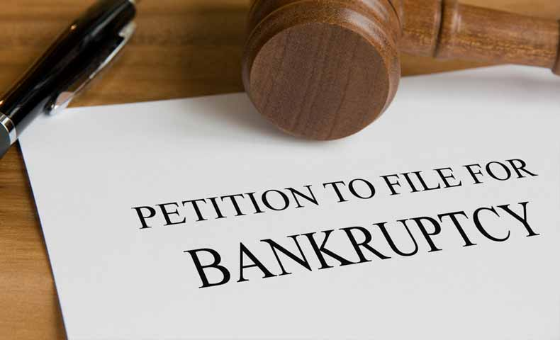 declare / claim / file for + bankruptcyの意味
