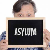 asylum(アサイラム)の意味と使い方