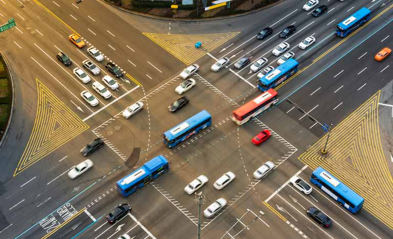 intersection(インターセクション)の意味と使い方