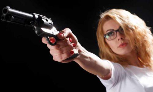 shoot upとshoot downの意味と使い方