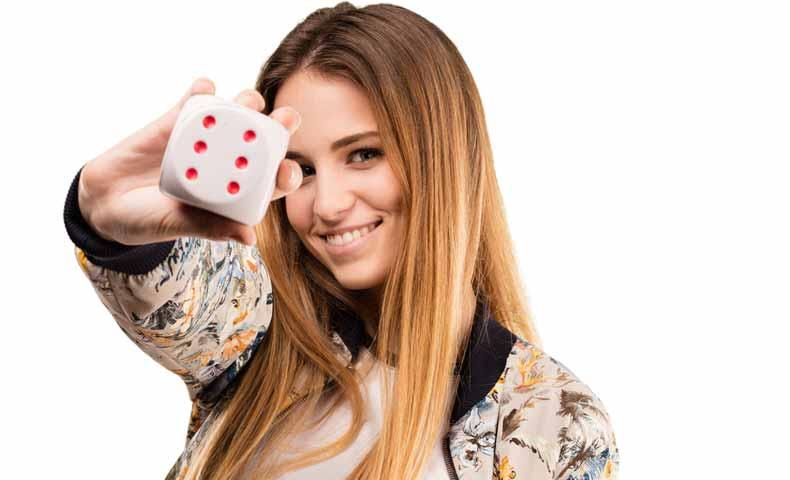 dice(ダイス・さいころ)と単数形の「die」について