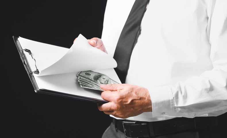 bribeの動詞での意味と使い方