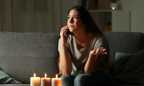 blackout(ブラックアウト・停電)の意味と使い方