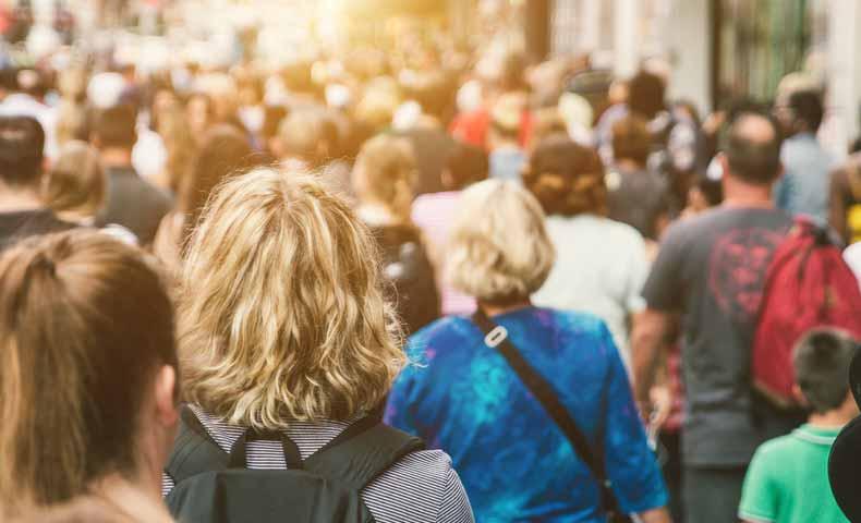 crowdの意味と使い方