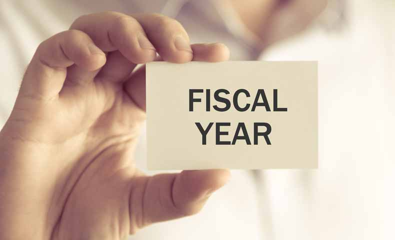 fiscal year(会計年度)