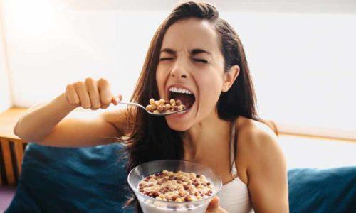 crunch(クランチ・バリバリ・ザクザク)の意味と使い方